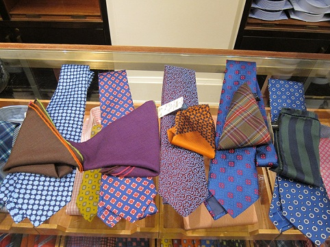 Men's Style: Tie and Pocket Square Combination