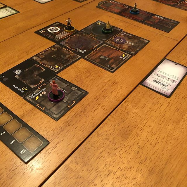 I'm not usually a big horror fan, but Betrayal Legacy is an awesome #gamenight choice! #betrayallegacy #writerfriends #writerfriendsarethebest #boardgames #amnotwriting #butishouldbe