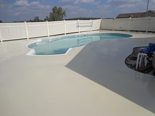 Old To New 5 Awesome Pool Deck Resurfacing Options To Check Out Hardscape Design By Da Vinci