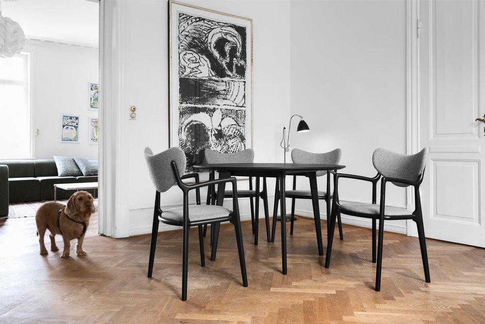 Truenorth-Designs_Salon_-Dining_-Chair_Alechinsky_Art_Dog_Design_Asger-Soelberg_01.jpg