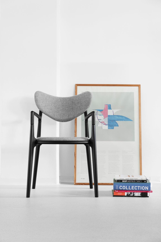 Salon_Chair_PH_Lamp_Design_Asger_Soelberg_1.jpg