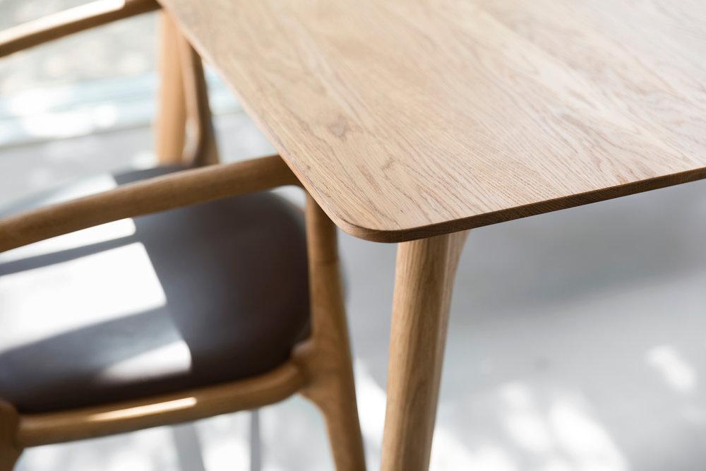Salon_Table_Closeup.jpg