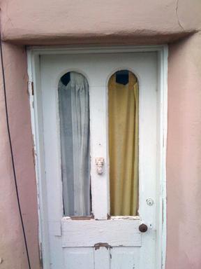 SF10.door