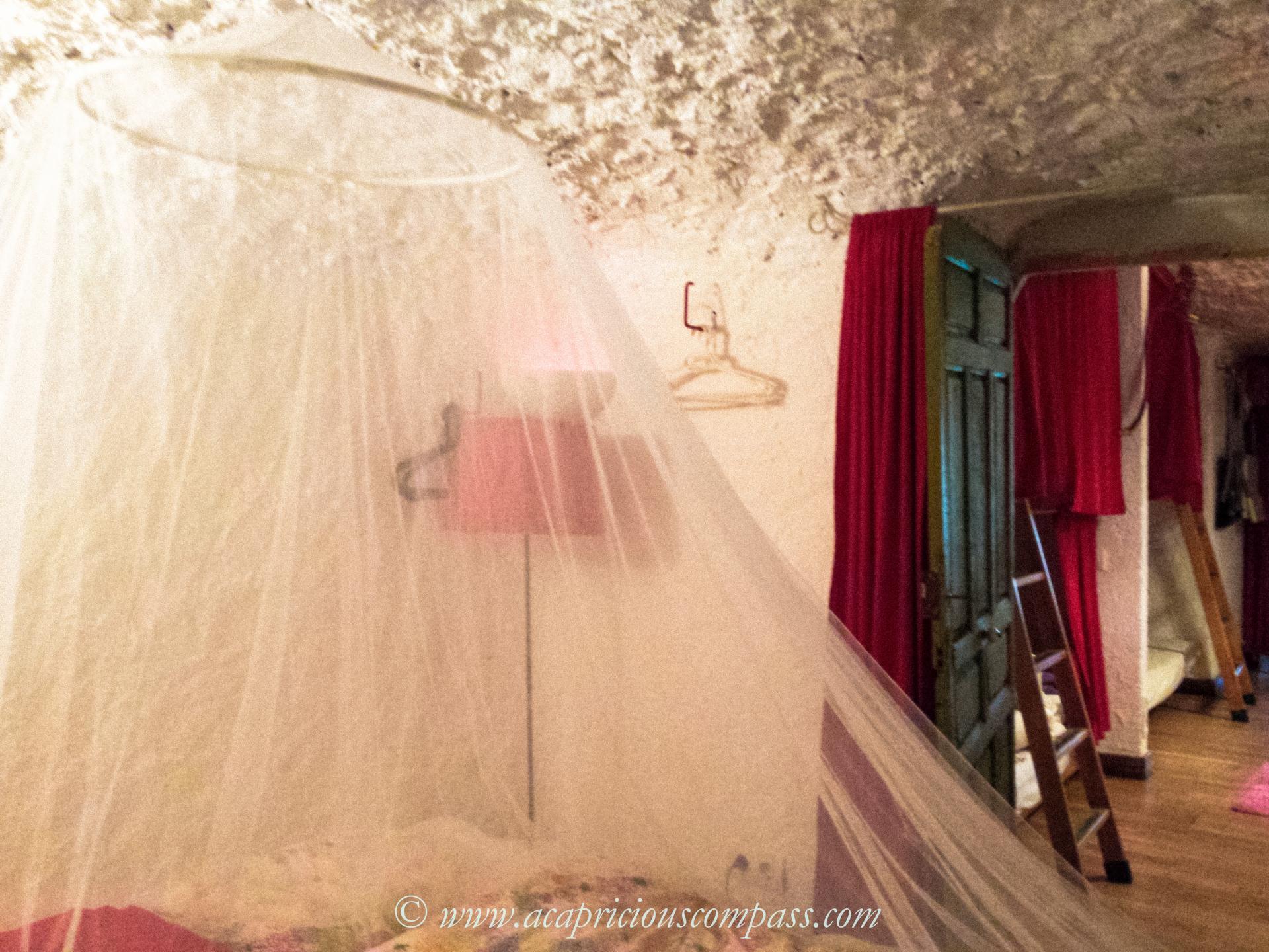 spain granada malaga bus information blog cave house travel