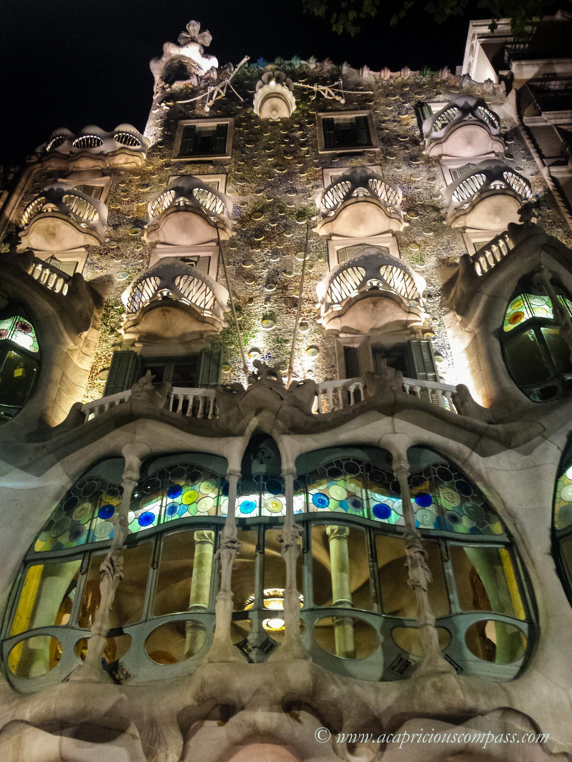 gaudi architecture barcelona casa batllo