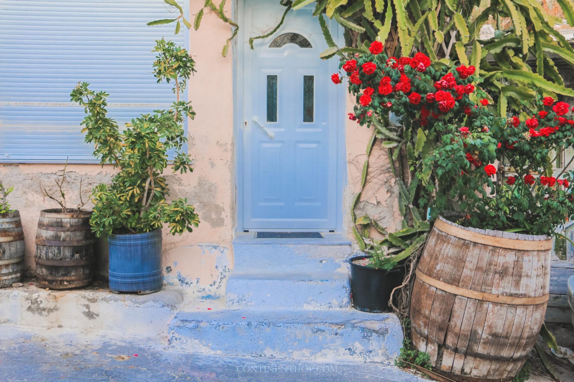 emborio santorini