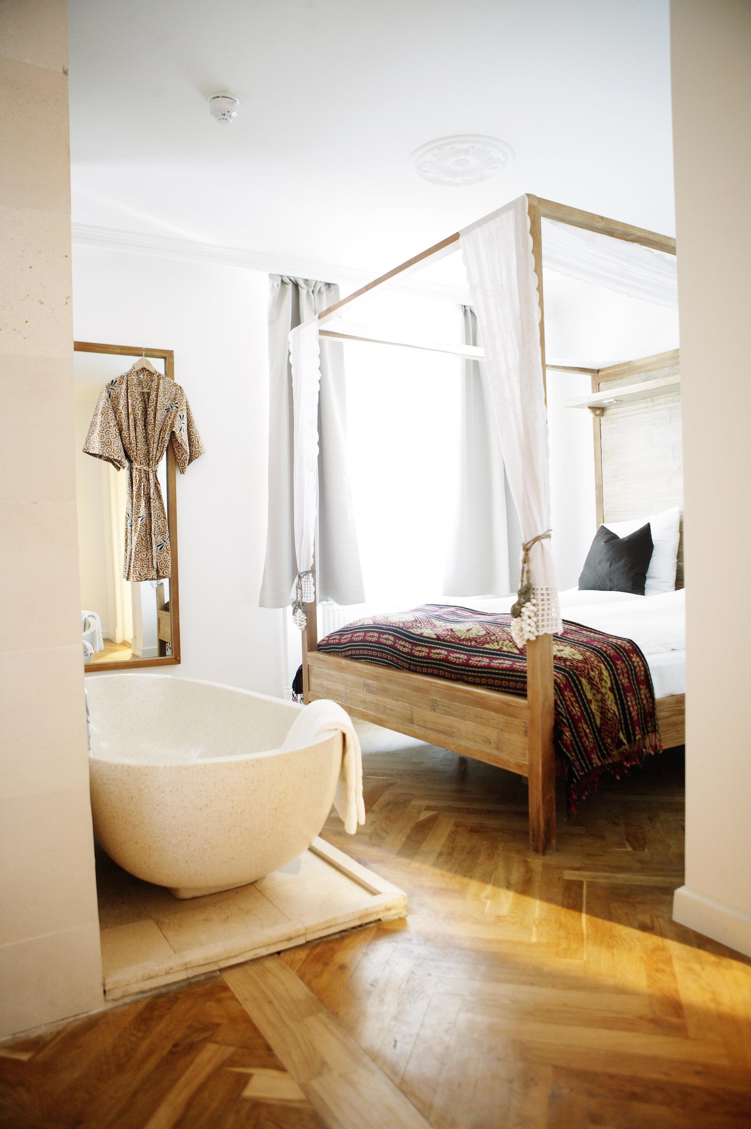 Axel_Hotel_room_2