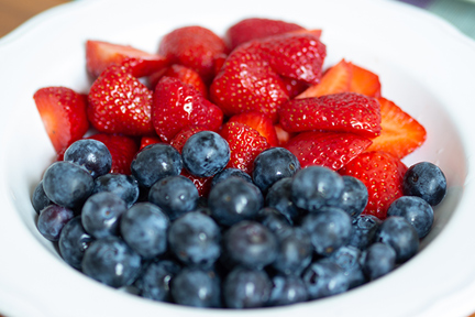 strawberries-and-blueberries-wp