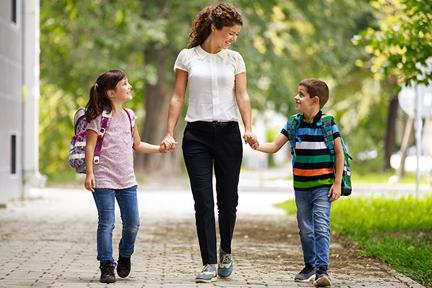 walk-kids-to-school-wp