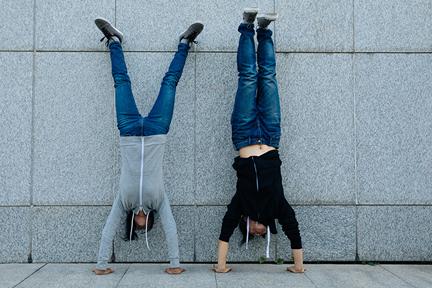 handstands-wp