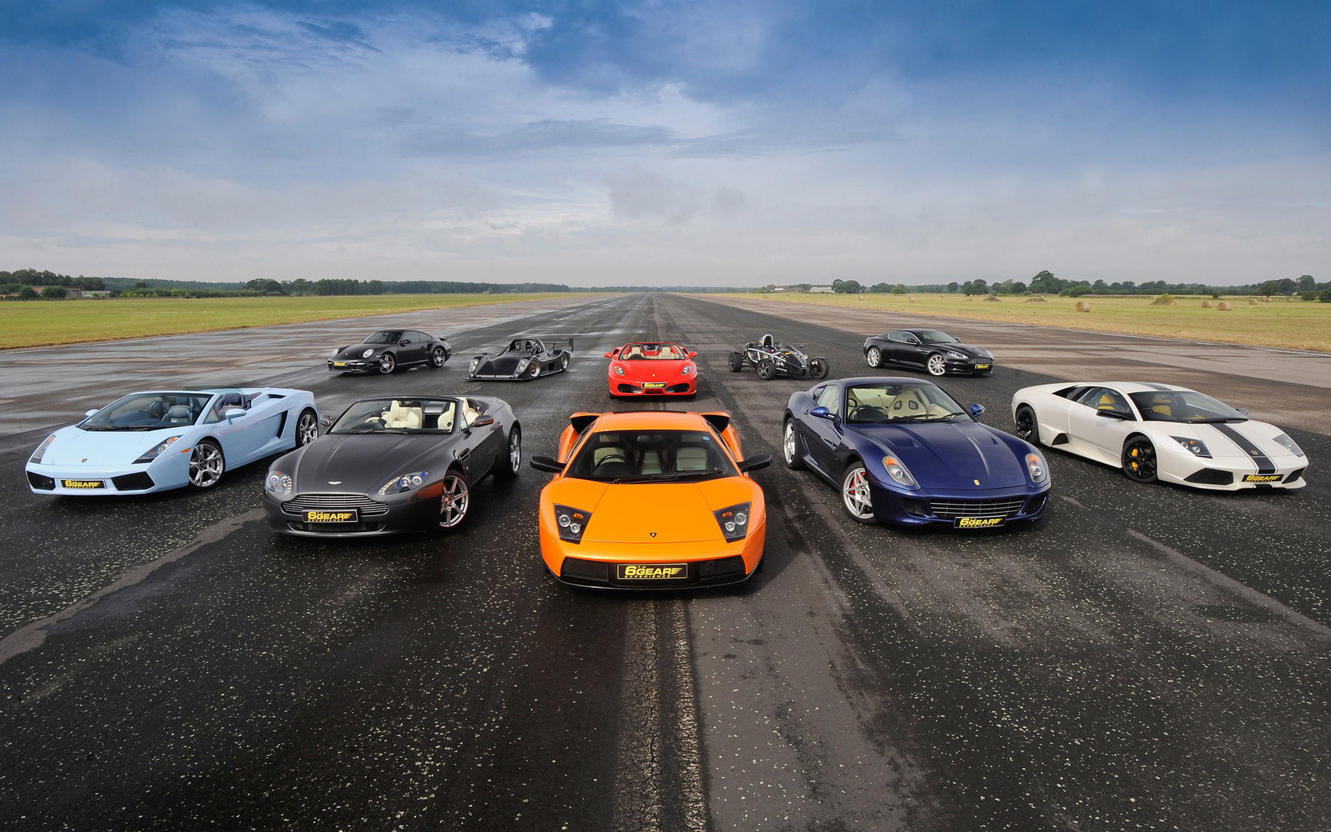 Racing-Cars-Wallpapers-Images-Pictures-Photos