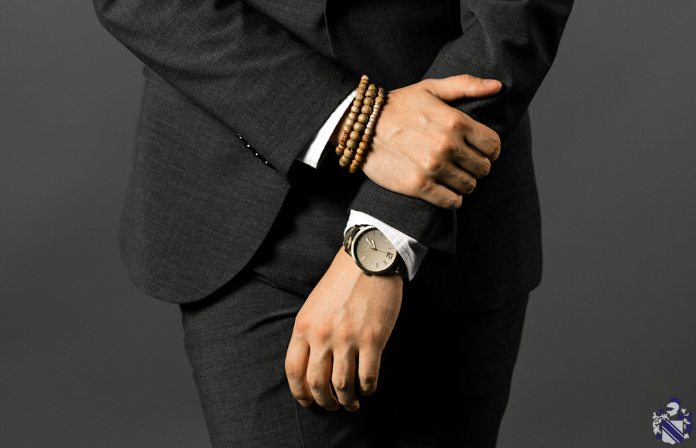 Express - September - How to dress down a suit 3