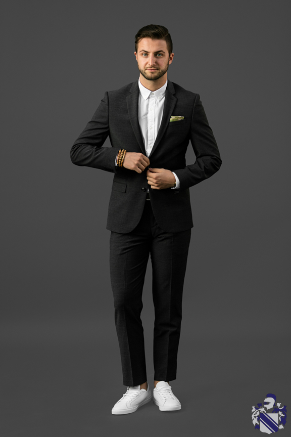Express - September - How to dress down a suit
