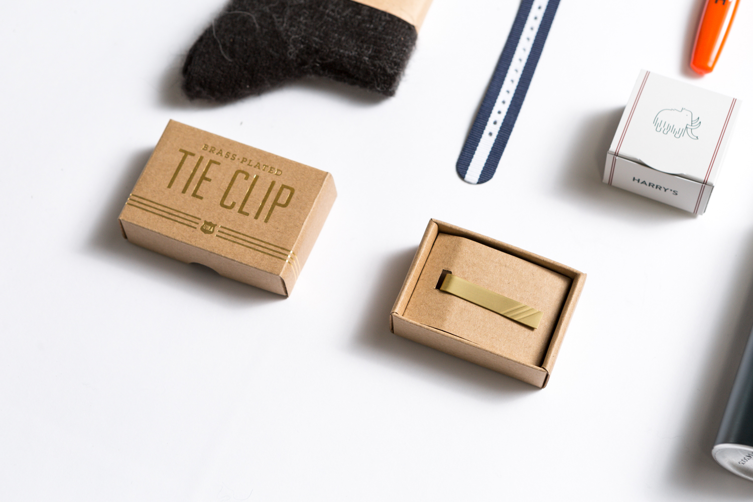 Giftagram Holiday Gift Ideas for The Dapper Gent on Your List