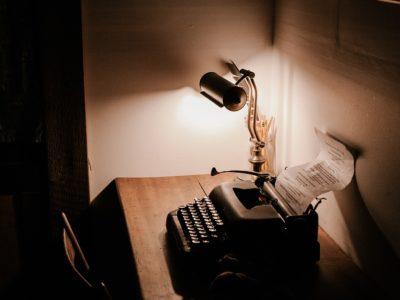 How many essays did montaigne write