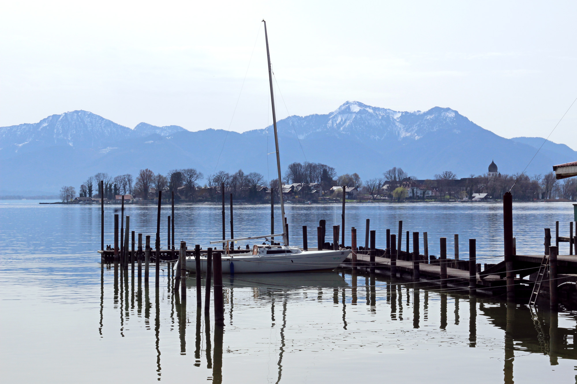 CHIEMSEE GETAWAY Escape to a beautiful Chiemsee lake...