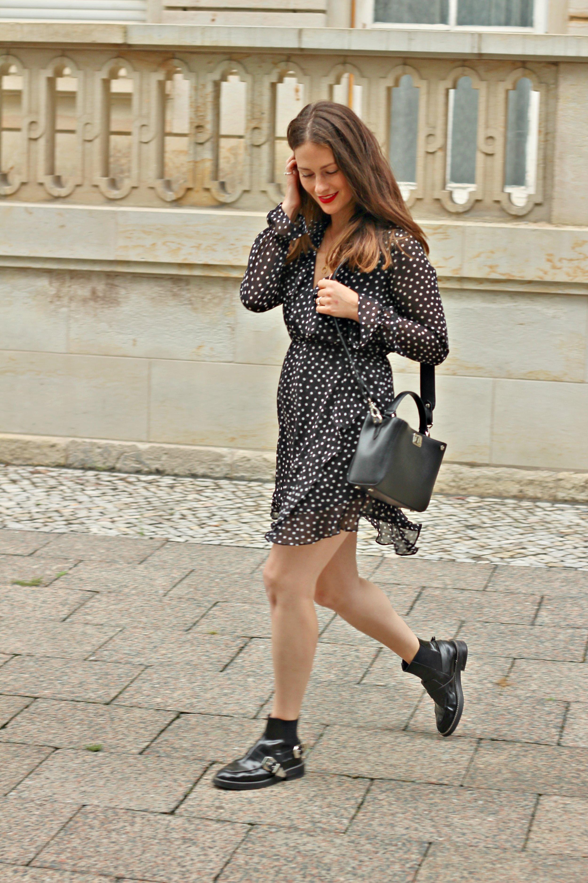 annaporter-wrap-dress-h&m-polka-dot-3