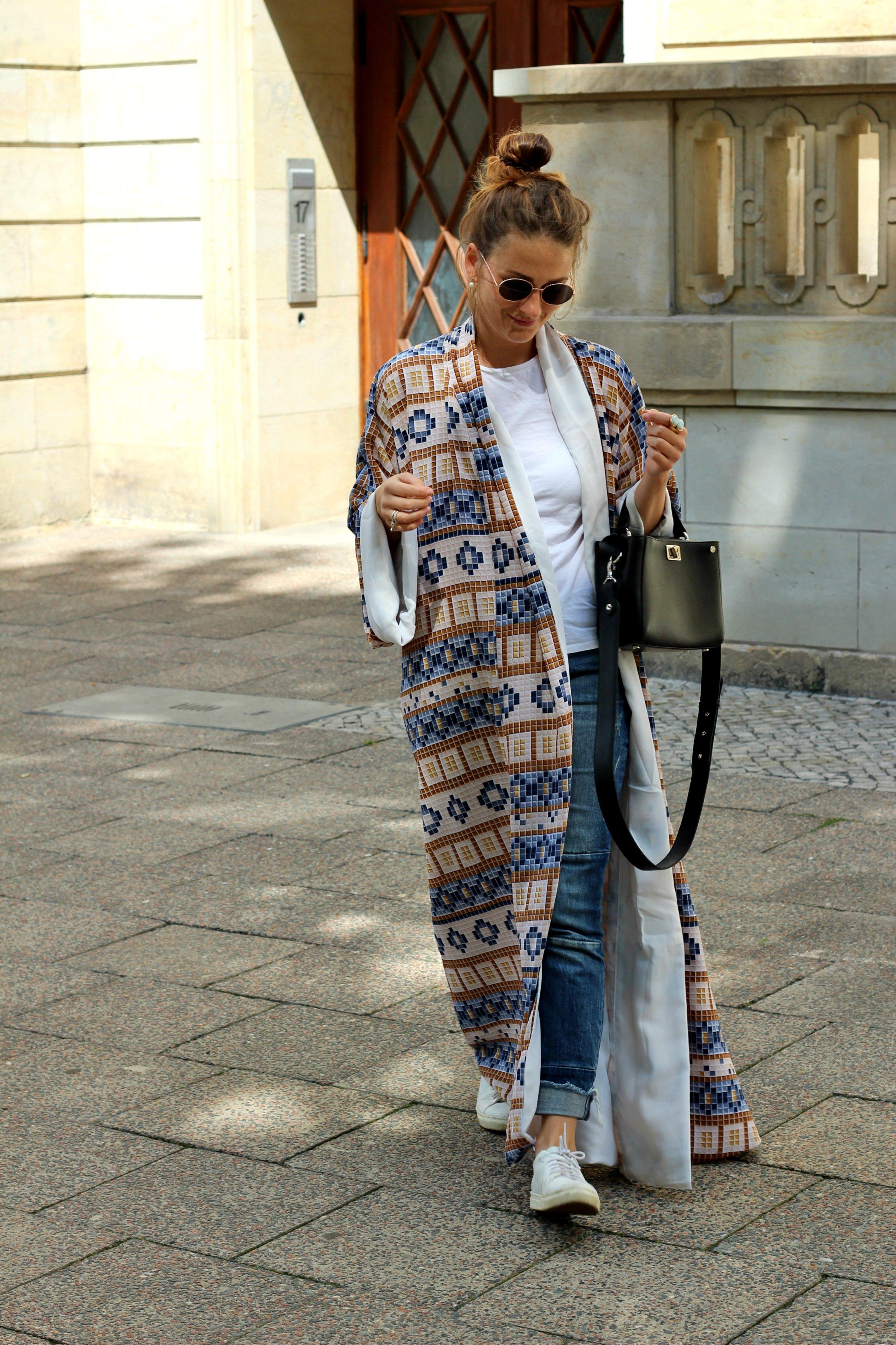 black-anaar-annaporter-kaftan-fashion-blogger