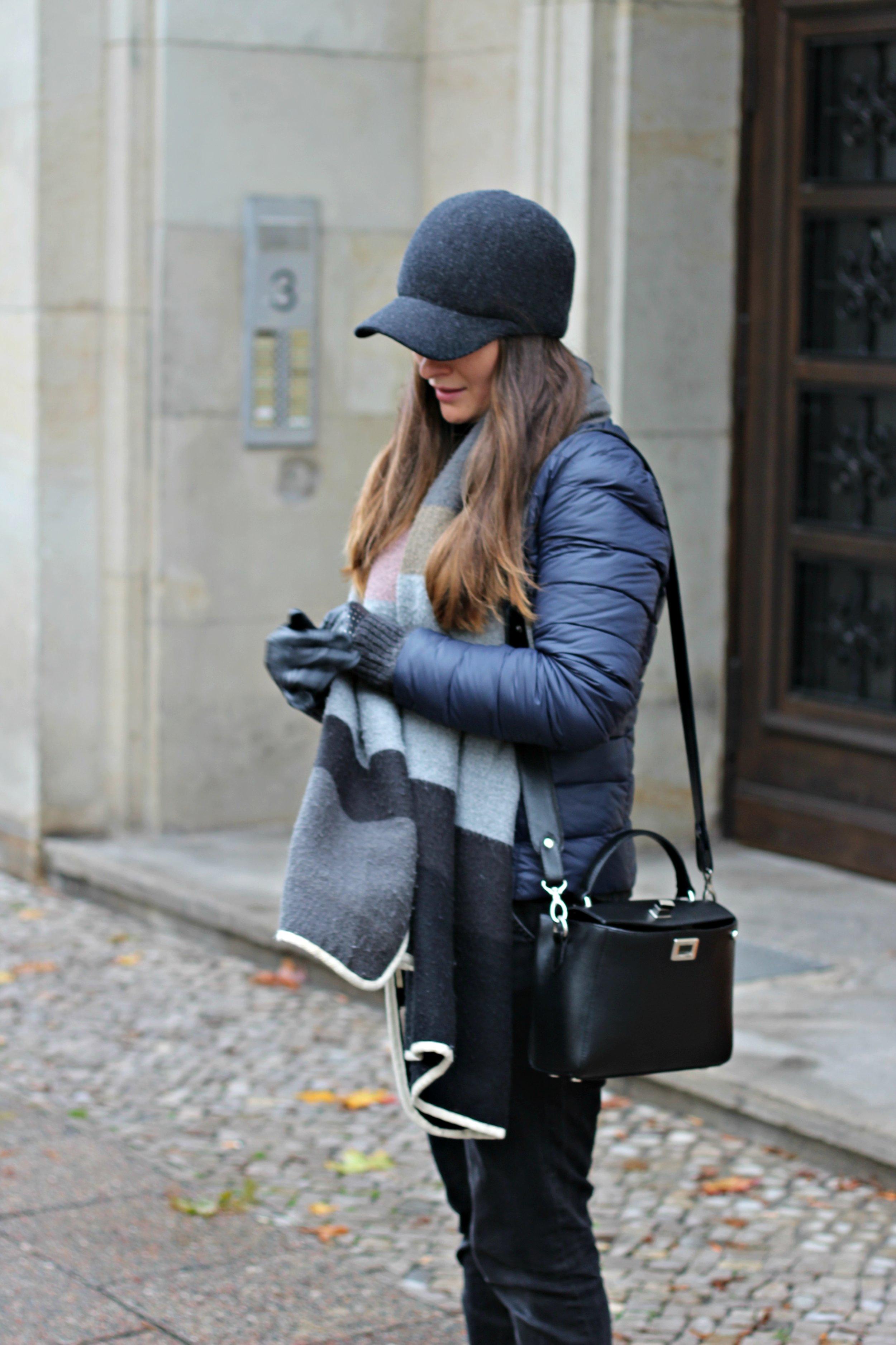 annaporter-benneton-black-cap-casual-outwear-4