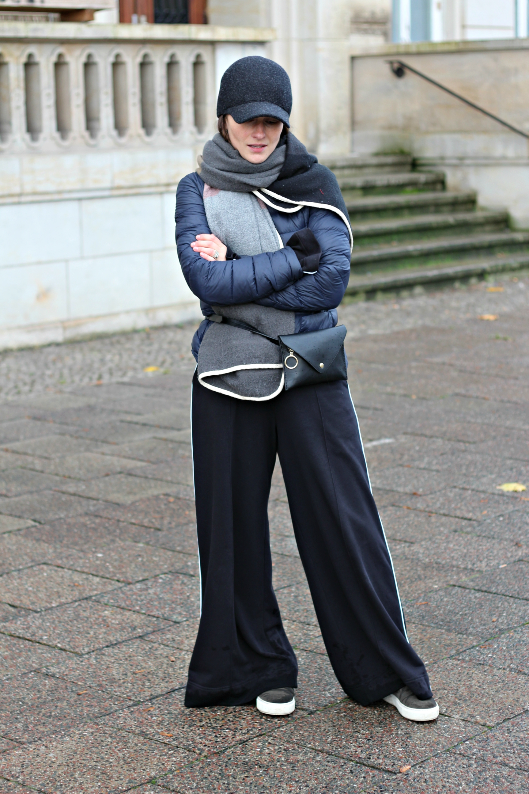 annaporter-casual-outfit-wide-leg-trousers-1
