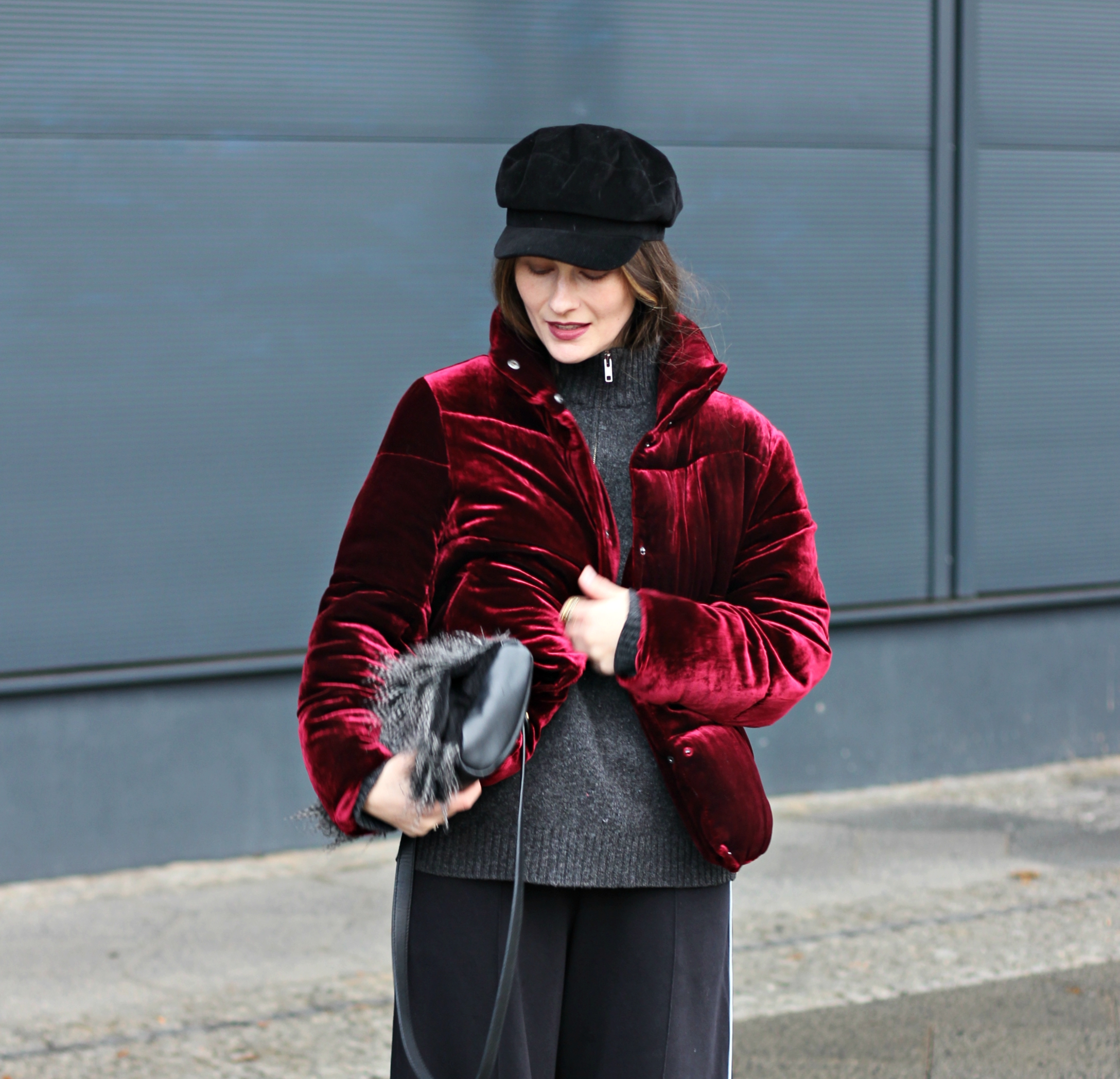 annaporter-puffer-burgundy-winter-casual-zara-small