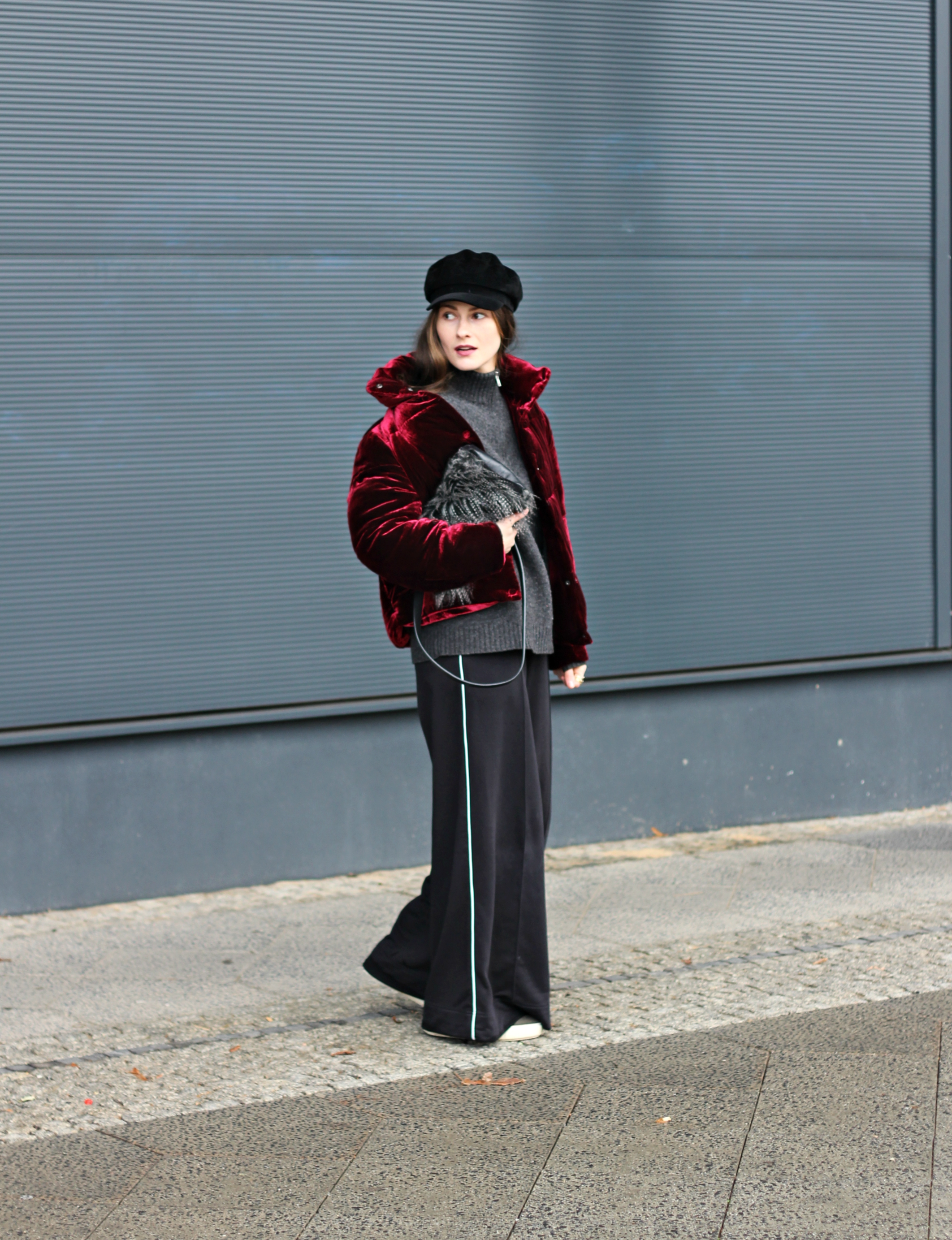 annaporter-puffer-jacket-burgundy-velvet-winter