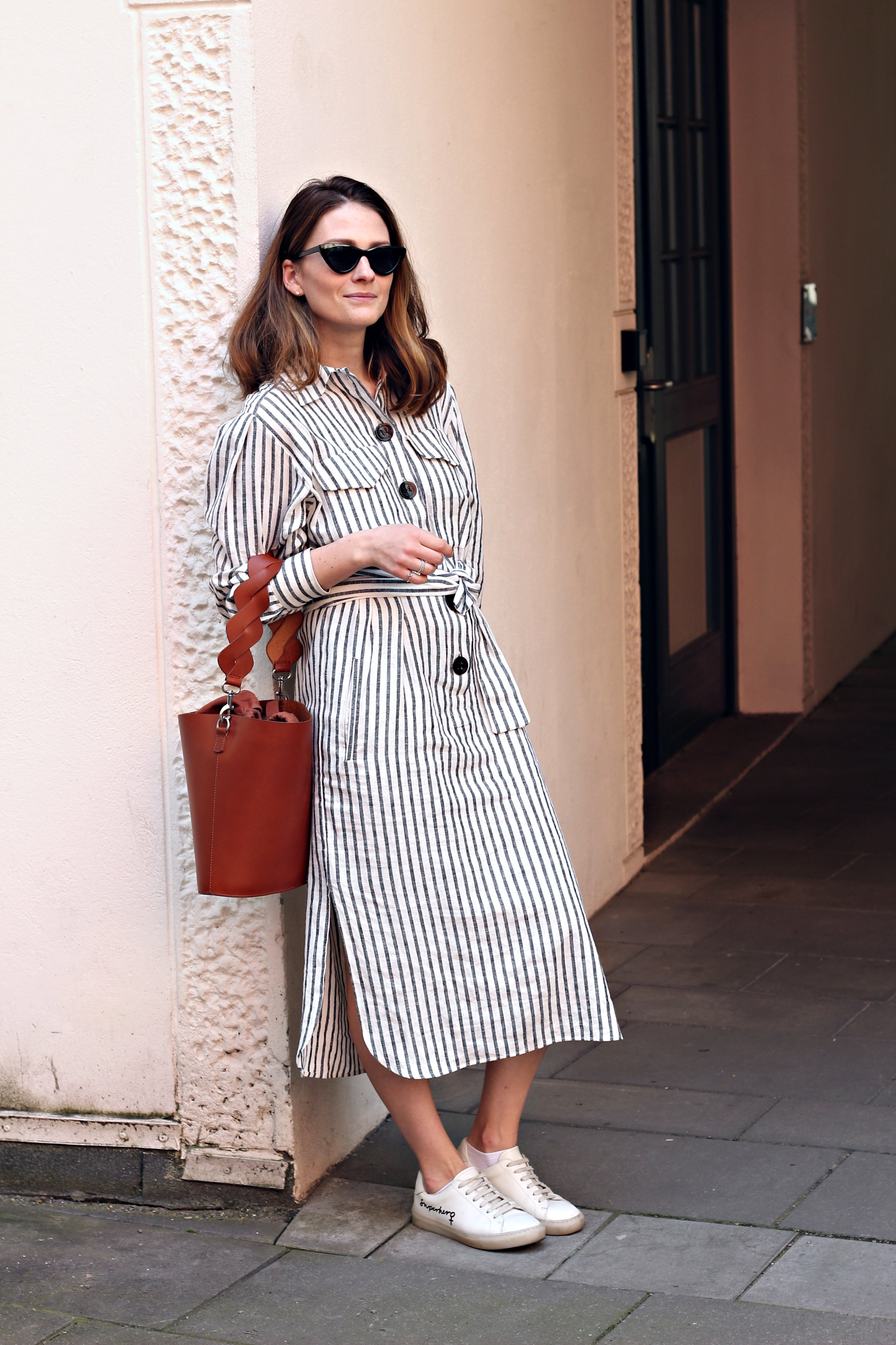 annaporter-linen-dress-summer-look