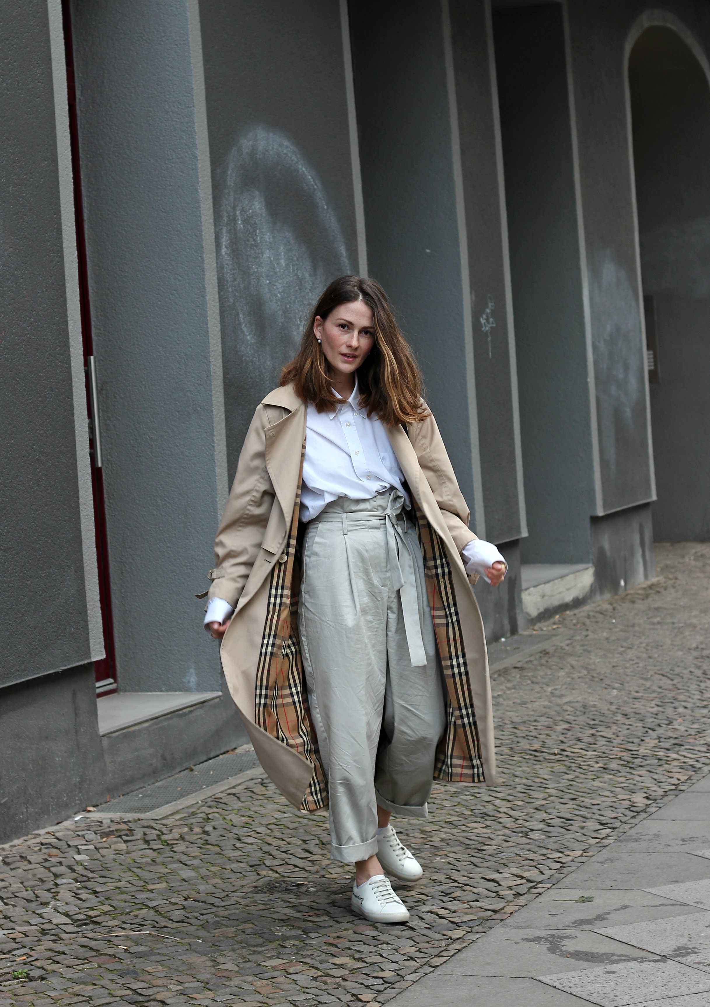 annaporter-trench-look-1