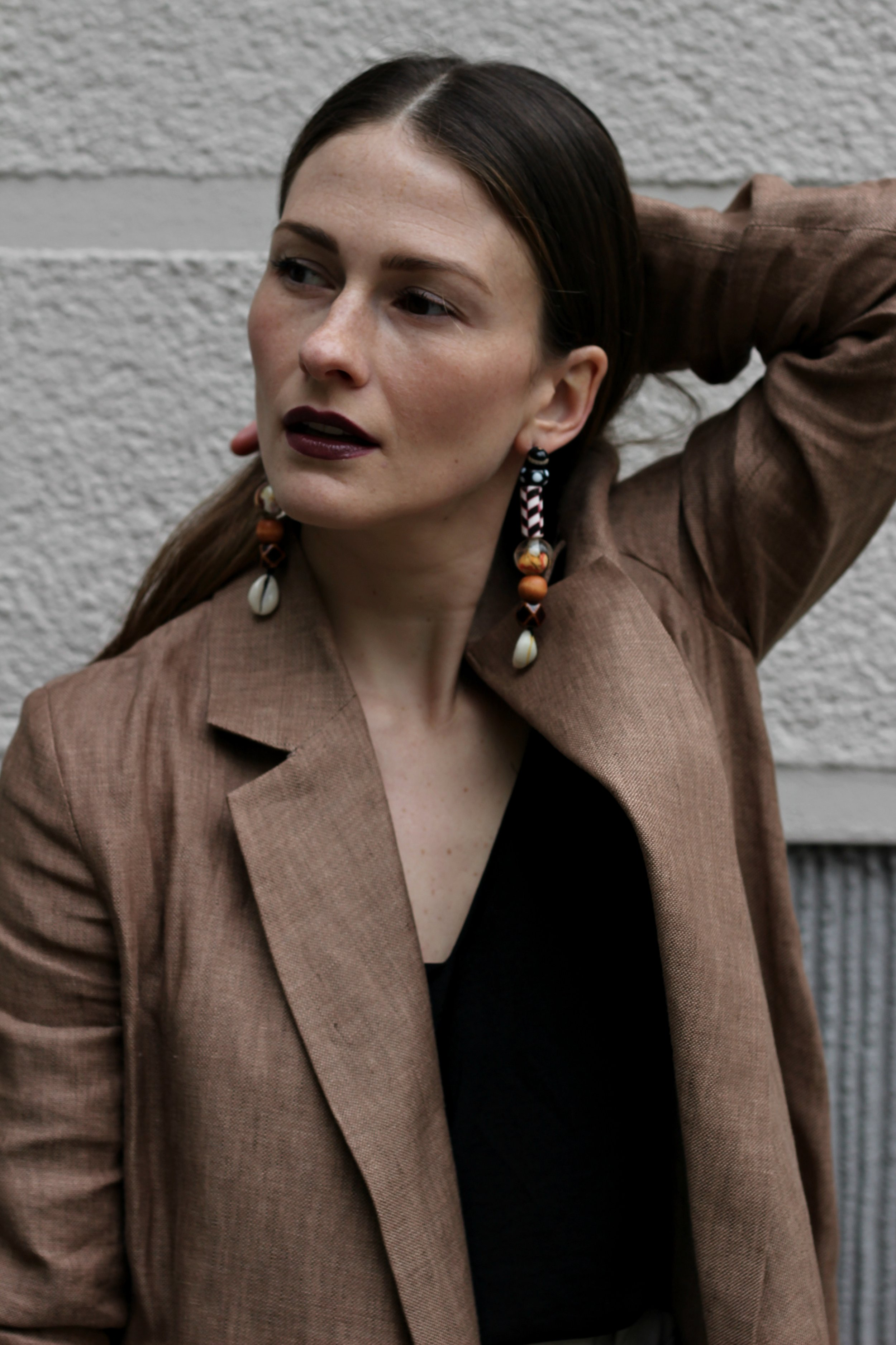 annaporter-linen-jacket-zara-fashion-blogger-business-casual-portrait