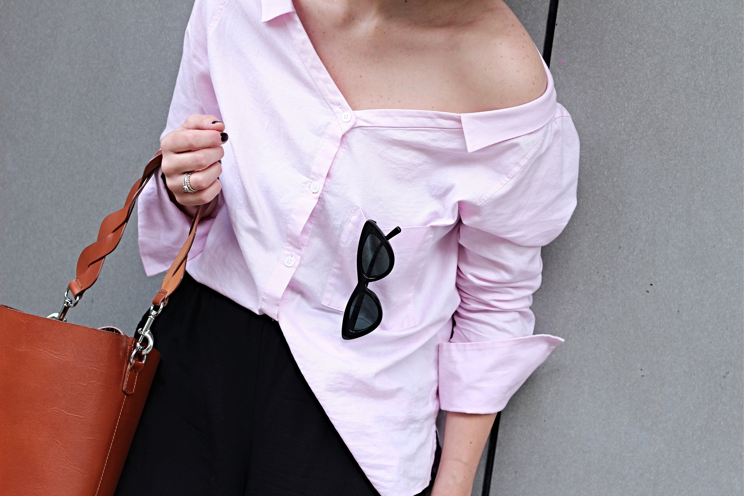 annaporter-offshoulder-shirt-drykorn-otherstories-ballerina-shoes-details