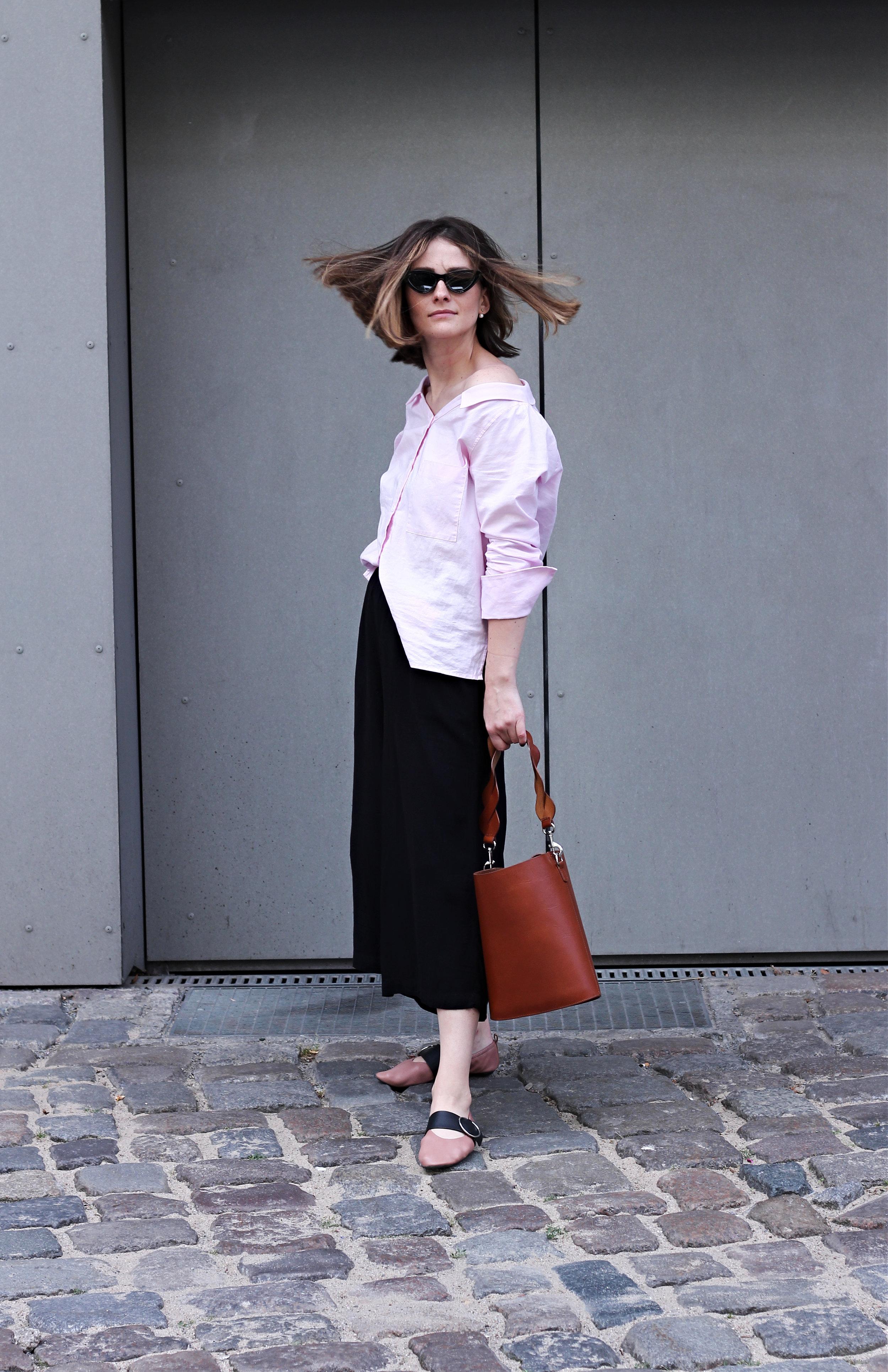 annaporter-offshoulder-shirt-drykorn-otherstories-ballerina-shoes