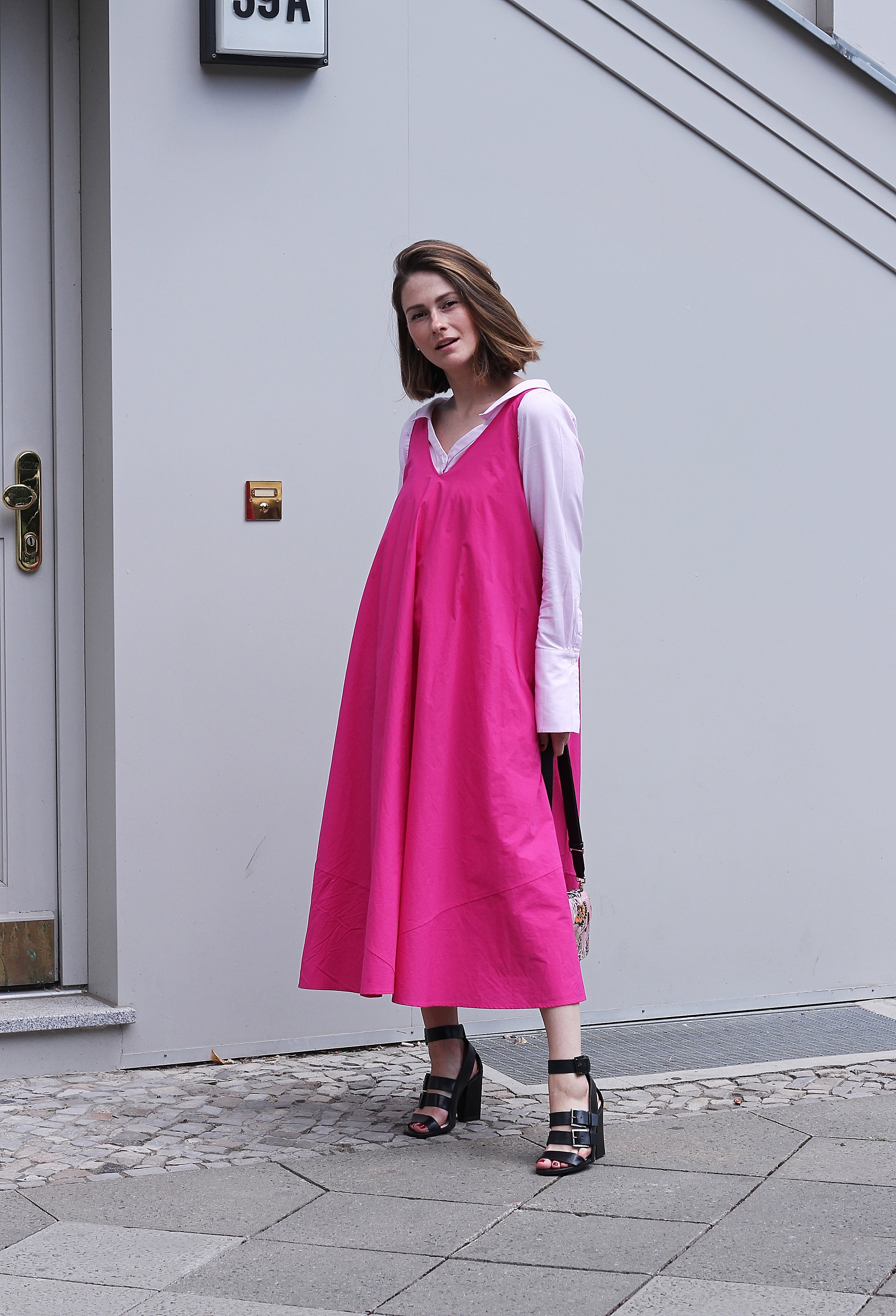 annaporter-pink-dress-drykorn-9