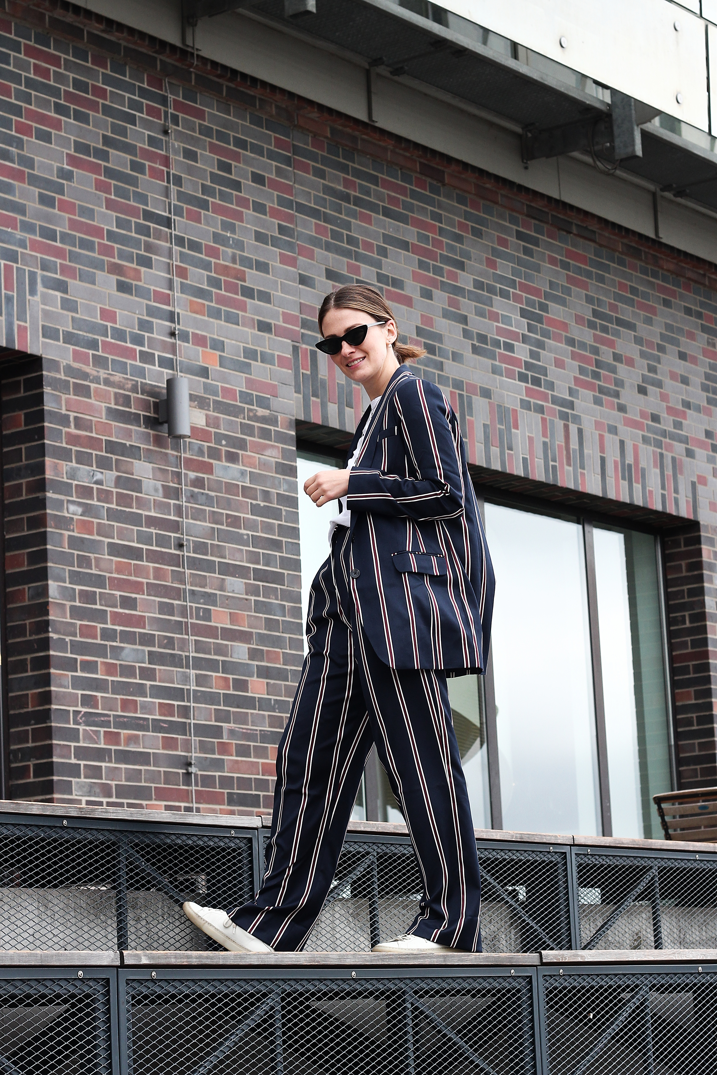 annaporter-striped-suit-asos-casual-look-3
