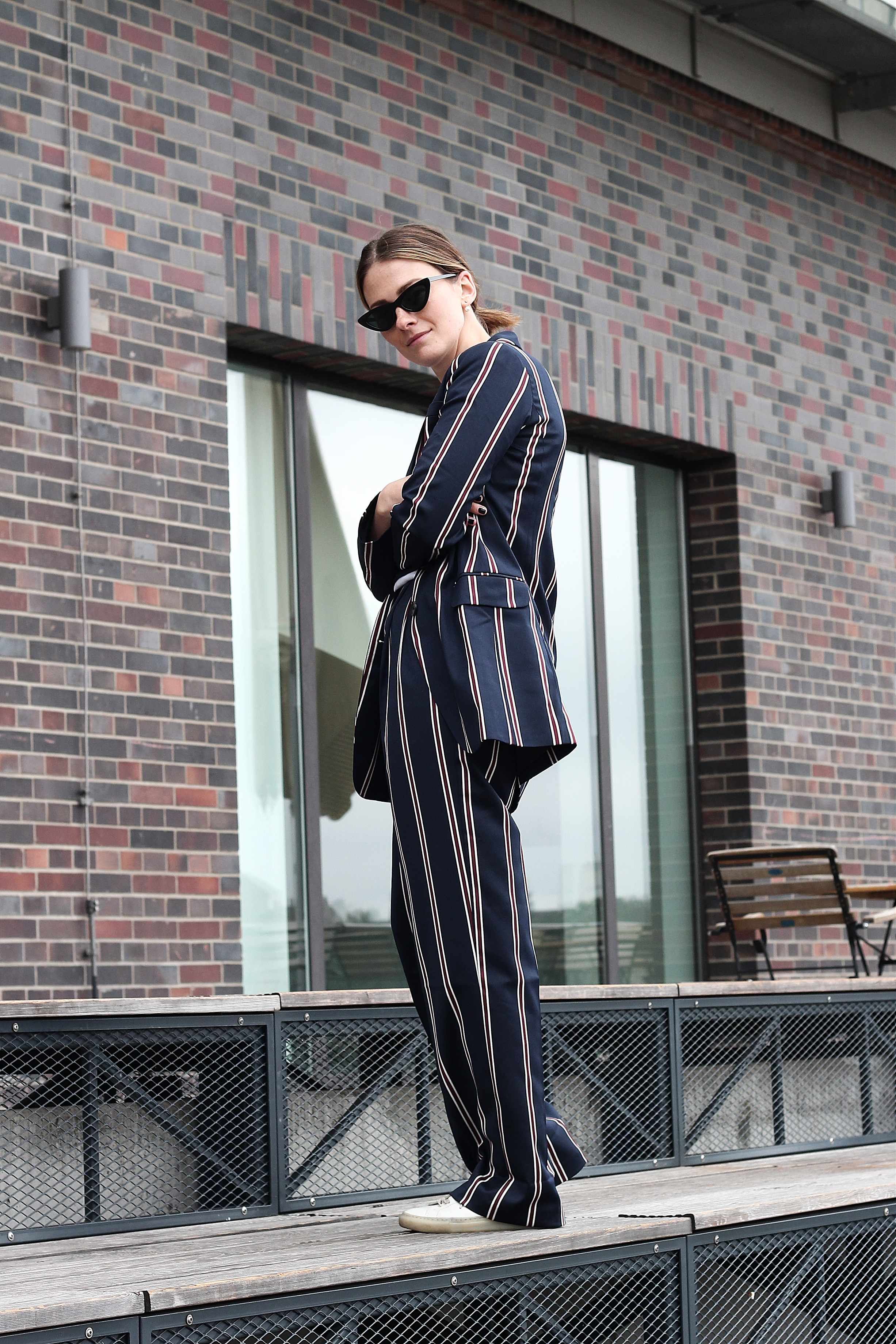 annaporter-striped-suit-asos-casual-look-4