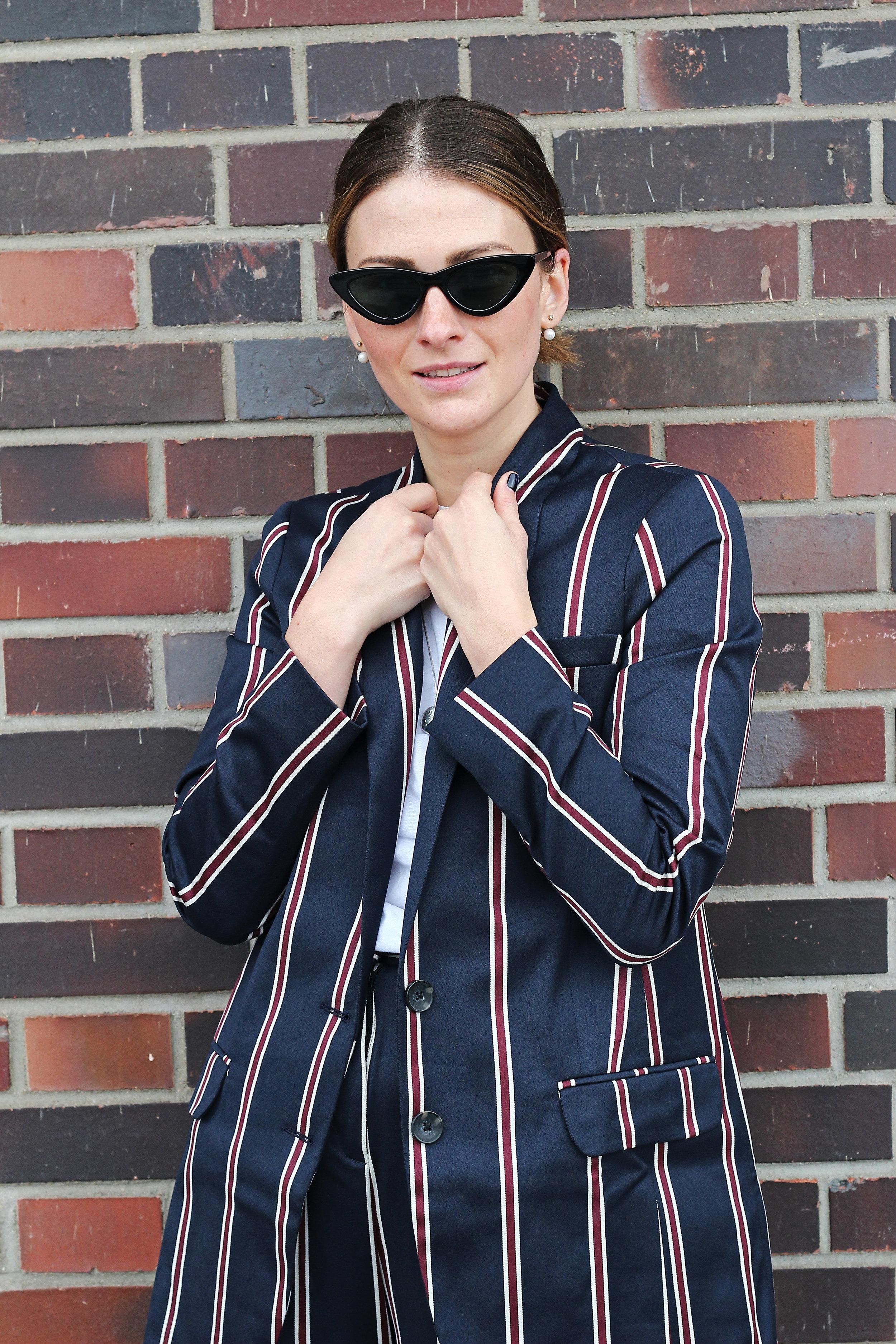 annaporter-striped-suit-asos-casual-look-portrait