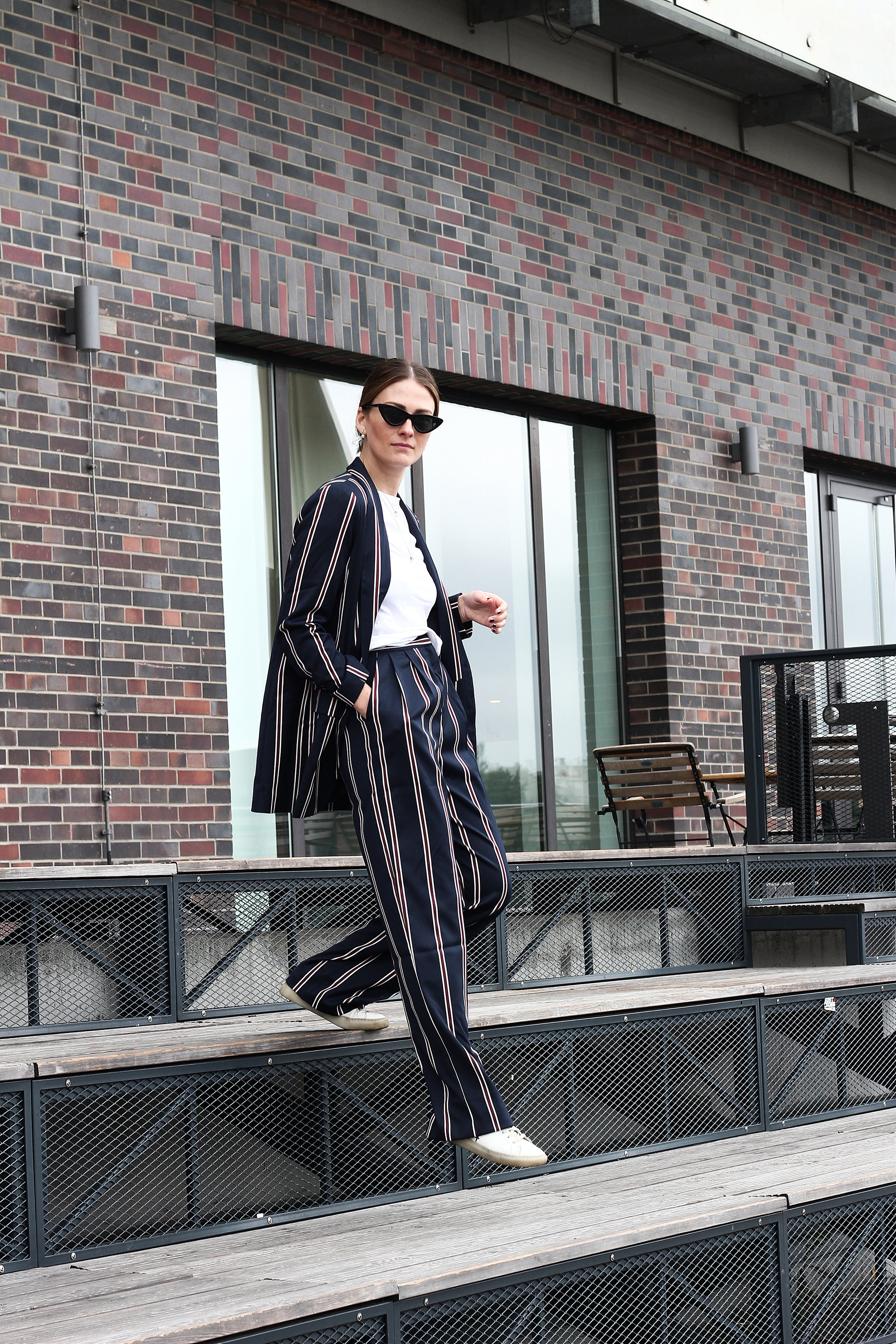 annaporter-striped-suit-asos-casual-look