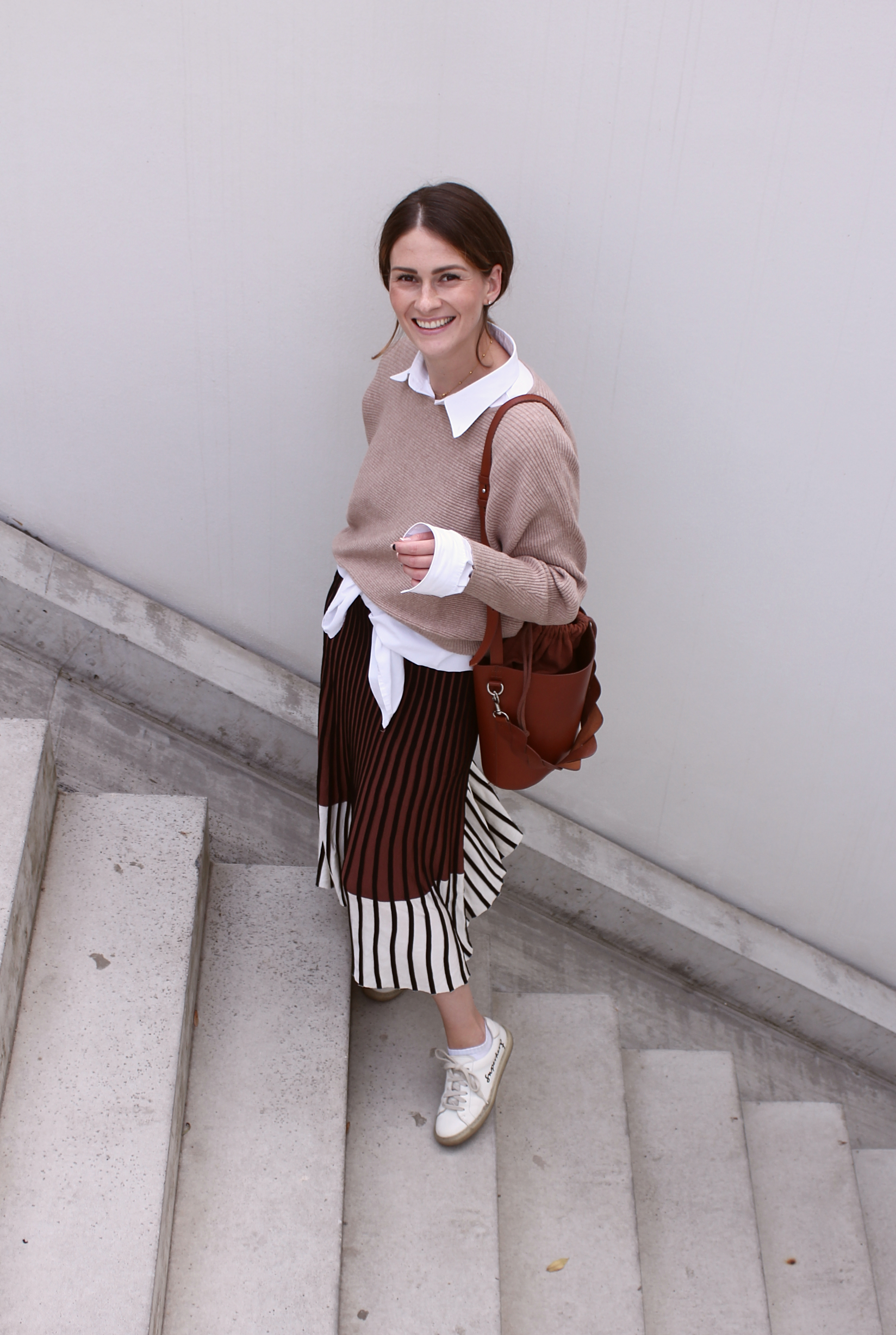 annaporter-beige-brown-outfit-2