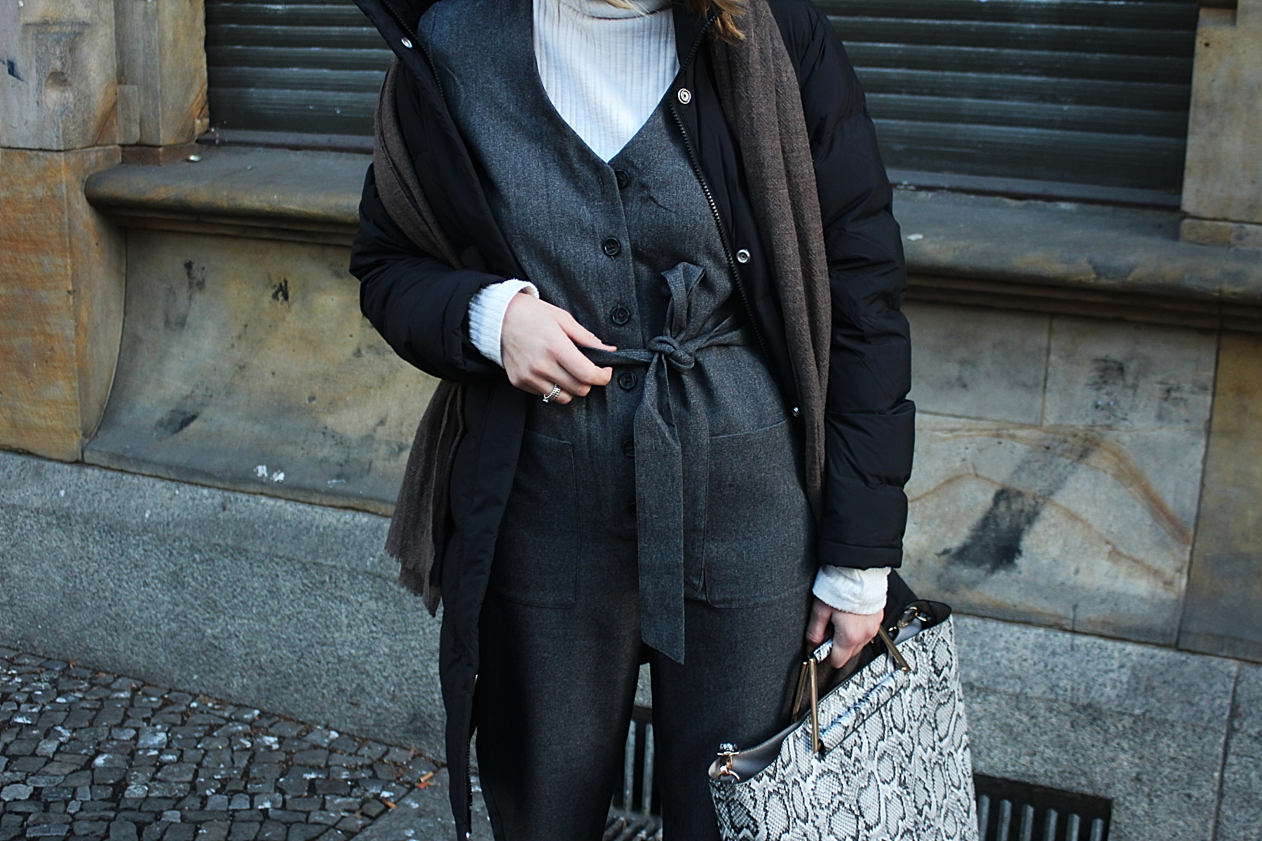 annaporter-workers-jumpsuit-winter-look (3)