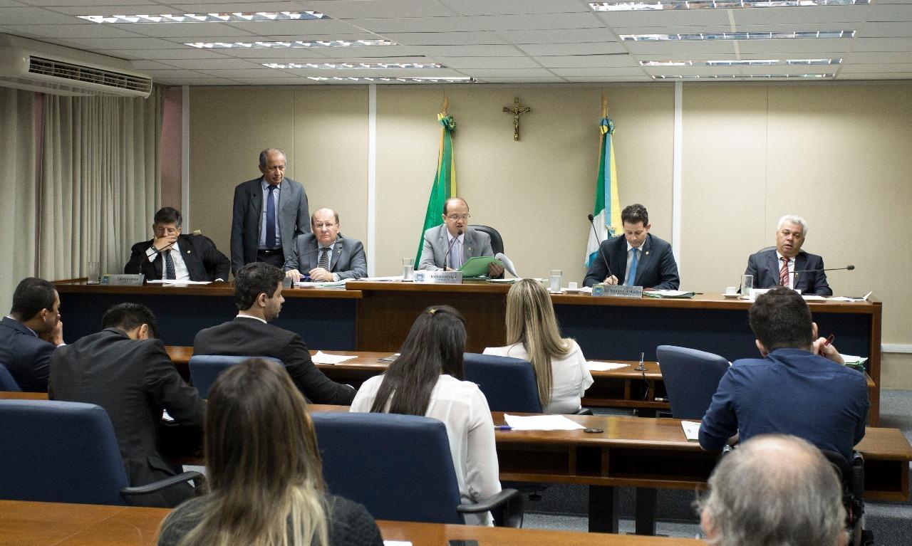 Comissão de Constituição e Justiça analisou 10 matérias hoje. Foto: João Garrigó