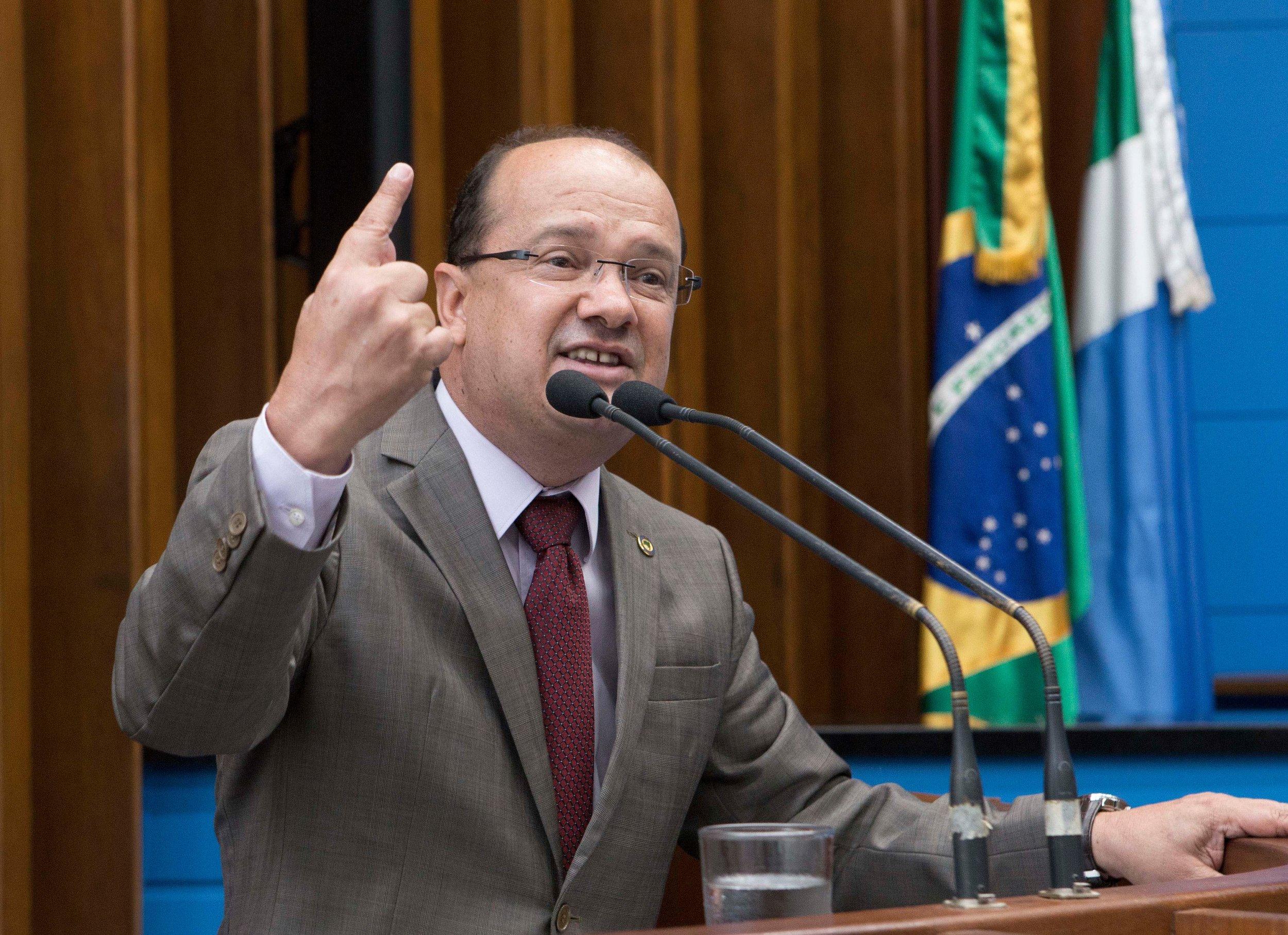 Deputado Barbosinha se manifesta sobre o protesto dos caminhoneiros. Foto: João Garrigó
