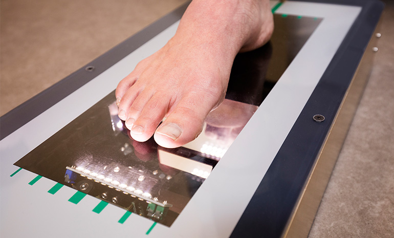 How to Capture the Perfect 3D Foot Scan — iOrthotics
