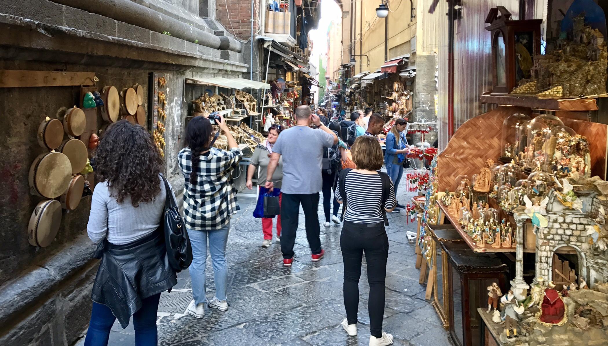 Naples, Via San Gregorio