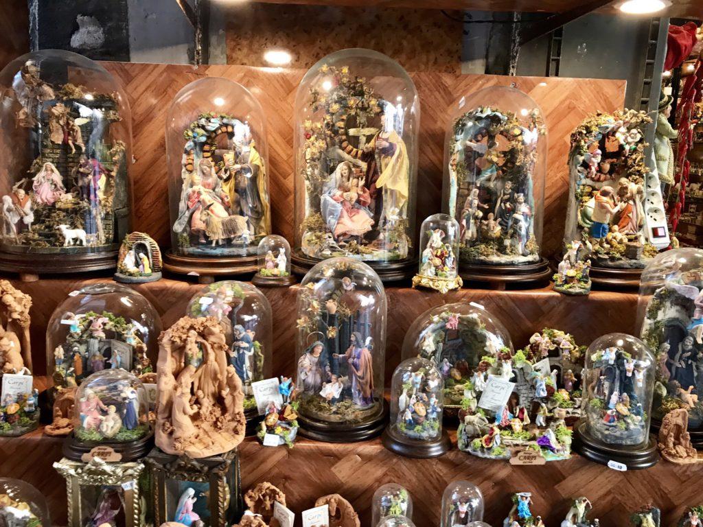 Naples nativity sets