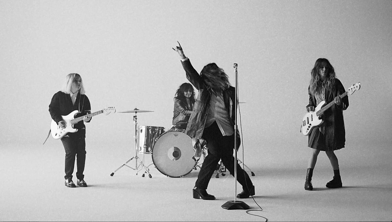 Black Christmas Concert Detroit 2021 The Aces Release Don T Freak Music Video Mp3s And Npcs