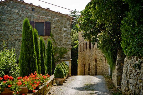 monteverdi_road