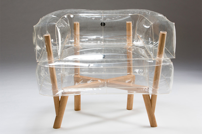 tehila-guy-anda-inflatable-armchair-furniture-bezalel-academy-of-arts-and-design-jerusalem-designboom-01