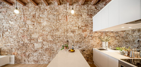Renovated-apartment-in-Les-Corts-by-Sergi-Pons_dezeen_468_5