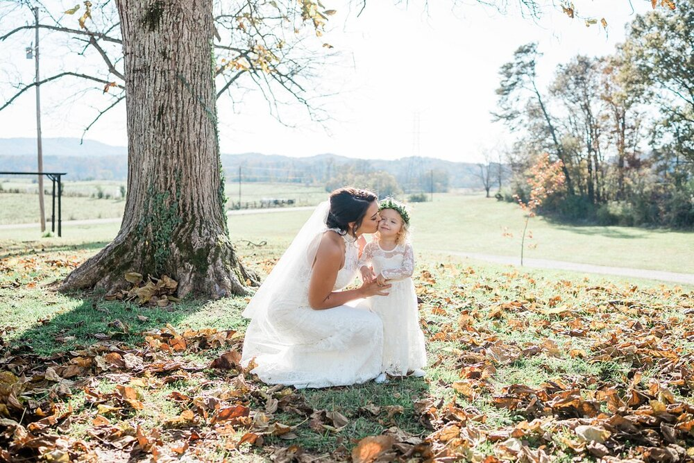 Diy Ranch Wedding At The White Barn At Cruze Farms In