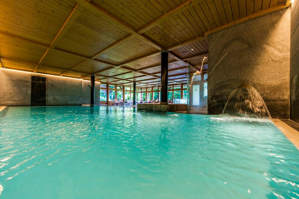 A swimming pool in the spa of Le Grand Bellevue hotel in Gstaad