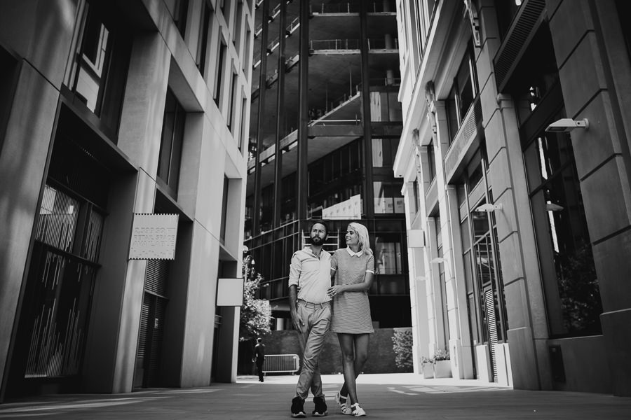 London cool engagment photography-7